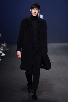 Kim Seo Ryong Seoul Fall 2015 Fashion Show