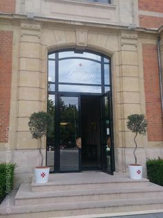 Entrance to #Champagne #Lanson #Reims.