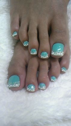 I am unfolding before you winter toe nail art designs, ideas, trends & stickers of Get Nails, Fancy Nails, Love Nails, How To Do Nails, Pretty Nails, Hair And Nails, Pretty Toes, Sparkle Nails, Manicure E Pedicure