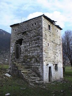 Around the World in 80 Days | www.TwoPinkHouses.com - Kulla, traditional tower house in Albania