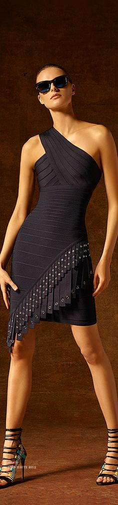 Bandage Dress/karen cox. Hervé Léger by Max Azria Pre-Fall 2015 ♔ THD♔