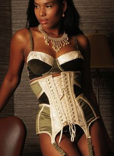 ee204f5e7f 398 Best Corsets images