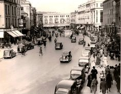 Patrick Street, Cork 1950 - I was born in Cork in this year. Old Photos, Vintage Photos, Cork City, Images Of Ireland, Cork Ireland, Dublin, Great Places, Photo Wall, Street View