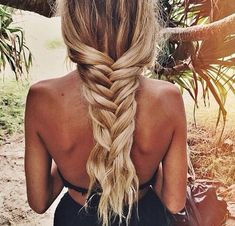 53 Box Braids Hairstyles That Rock - Hairstyles Trends Box Braids Hairstyles, Summer Hairstyles, Hairstyle Ideas, Hair Ideas, Beach Braids, Surf Hair, Trending Hairstyles, Hair Health, Up Dos