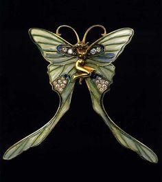 René Lalique - Art Nouveau Butterfly - Brooch or pendant  circa 1897-1899. |  Musée Lalique