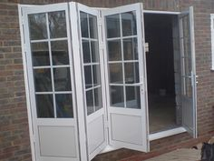 Double Glazing, Porches, Conservatories and Bi Folding Doors in Hounslow, Feltham, Twickenham, Hampton & Isleworth