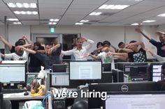 Empresa responde com 1 vídeo à ex-funcionária que fez dancinha da demissao http://www.bluebus.com.br/empresa-responde-1-video-ex-funcionaria-dancinha-demissao/