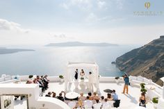 Amy and Phil's gorgeous wedding at Dana Villas in Santorini by The Bridal Consultant