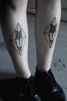 Tattoo Artist Andrey Svetov I absolutely loathe leg ink, but this isn't terrible...