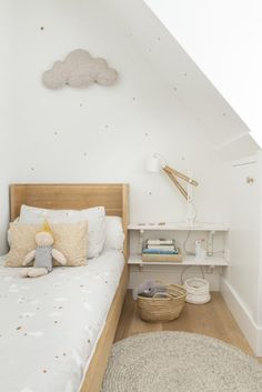 Girl's room in Scandinavian Style - clean, playful and functional