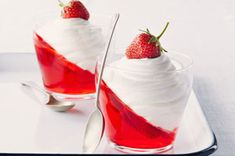 Strawberry jello parfait, This is more for inspiration, I like the idea not the ingredients! Will do my own gelatine and real whipped cream. Jello Parfait, Strawberry Parfait, Parfait Recipes, Strawberry Jello, Mini Desserts, Cool Whip Desserts, Just Desserts, Dessert Recipes, Kraft Recipes