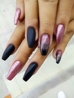 52 Trending Winter Nail Colors & Design Ideas - Hair and Beauty eye makeup Ideas To Try - Nail Art Design Ideas Pretty Nail Designs, Winter Nail Designs, Winter Nail Art, Winter Nails, Nail Art Designs, Dark Nails, Hot Nails, Hair And Nails, Fabulous Nails