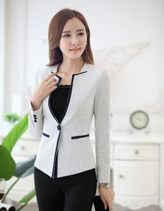Untitled What Is Business Casual, Business Casual Attire, Business Suits, Corporate Attire Women, Suits For Women, Jackets For Women, Wedding Attire For Women, Formal Suits, Colorblock Dress