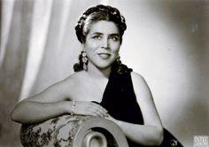 Semiha Berksoy: First Turkish Woman Opera Singer! Thank you, Ataturk!!  İlk kadın opera sanatçısı Semiha Berksoy