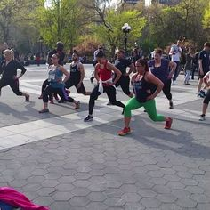 Just another day in #washingtonsquarepark #NYC #workout - http://washingtonsquareparkerz.com/just-another-day-in-washingtonsquarepark-nyc-workout/