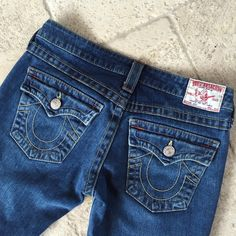 "True Religion Bootcut Jeans True Religion Jeans. Size 27. Bootcut . Joey. Dark wash. 31"" inseam. 98% cotton/2% spandex. VERY GOOD CONDITION !! No trades. True Religion Pants Boot Cut & Flare"