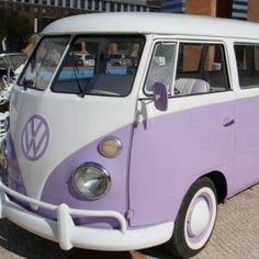 my dream car for real though! its purple and its a vw bus! Volkswagen Transporter, Beetles Volkswagen, Auto Volkswagen, Vw T1, Vintage Volkswagen Bus, Bus Camper, Kombi Motorhome, My Dream Car, Dream Cars