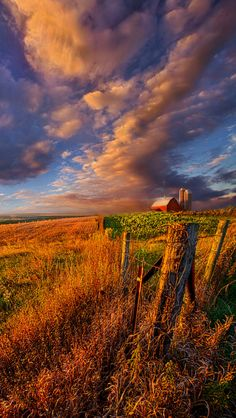 Heartland  Photo By: Phil Koch Source Flickr.com