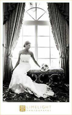 Wedding Day, Wedding Dress, Bride, Bride Pose, Hotel Wedding, Black and White photography, The Ritz-Carlton, Sarasota, Limelight Photography, www.stepintothelimelight.com