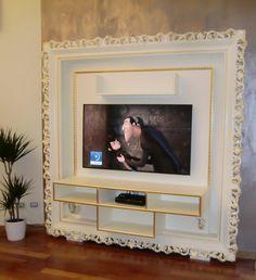 mobile tv realizzato su misura laccato bianco con decori in oro #furniture #madeinitaly