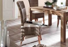 Natural nuances can be obtained by turning your dining room into wicker dining chairs. Its unique and aesthetic design will … Wicker Table And Chairs, Dining Room Chair Cushions, Wicker Dining Chairs, Dining Room Table, Seat Cushions, Kitchen Chairs, Room Chairs, Home Room Design, Dining Room Design
