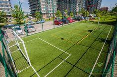 Construire teren multisport Cricket Nets, Multifunctional, Soccer, Gardens, Sport Room, Sports, Futbol, European Football, Outdoor Gardens