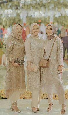 Hijab Dress Party, Hijab Style Dress, Modest Fashion Hijab, Modern Hijab Fashion, Hijab Fashion Inspiration, Muslim Fashion, Fashion Outfits, Kebaya Modern Hijab, Kebaya Hijab