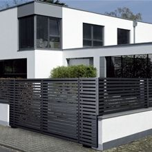 Fence design elegant and beautiful Incoming search terms:house landscape Villa Design, Gate Design, House Design, Wood Fence Design, Aluminium Windows And Doors, Modern Fence, House Landscape, Australian Homes, White Houses