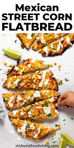 This Mexican Street Corn Flatbread takes the flavors of Elote Corn - cotija, mayo, lime, and corn - and combines them in a handheld pizza appetizer! Pizza Appetizers, Appetizer Recipes, Dinner Recipes, Mexican Dishes, Mexican Food Recipes, Ethnic Recipes, Good Food, Yummy Food, Cooking Recipes