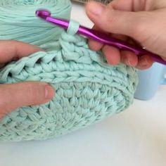 68 отметок «Нравится», 5 комментариев — Hobi Tutkunu (@yasemin7434) в Instagram: «#penyeip #penyeipsepet #elemeği #göznuru #örnek #knitting #homemade #hobi #handmade #design…»