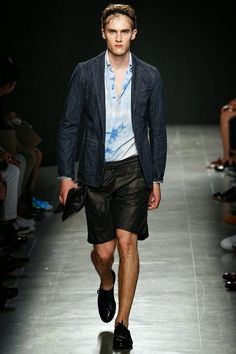The Spell Of Fashion: Bottega Veneta Primavera/Verano 2015   http://themariopersonalshopper.blogspot.com.es/2014/06/bottega-veneta-primaveraverano-2015.html
