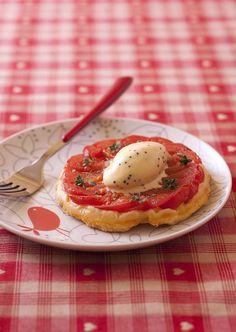 Tatin de tomates, glace à la moutarde recette atypique originale le plat spécial réconciliation après un froid tout se réchauffe en bouche (  c'est une évidence quand la glace se corse de cette façon )