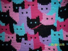 Free pattern: Crochet Cats Afghan by Sandra Miller Maxfield @Ravelry.