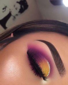 eye makeup suits me makeup hindi makeup eye makeup cause glaucoma makeup without eyeshadow makeup makeup looks makeup like marilyn monroe Makeup Eye Looks, Beautiful Eye Makeup, Eye Makeup Art, Perfect Makeup, Eyebrow Makeup, Skin Makeup, Eyeshadow Makeup, Makeup Eyebrows, Eyeshadows