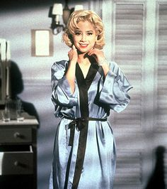 MIRA SORVINO as Marilyn in the 1996 tv film 'Norma Jean&Marilyn'.