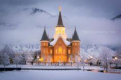 The new Provo City Center Temple Winter Night   LDS Temple Pics