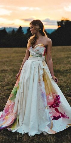 Wedding Dresses Lace Chiffon 36 Ultra-Pretty Floral Wedding Dresses For Brides floral wedding dresses ball gown strapless watercolor clairelafaye Floral Wedding Gown, Wedding Dresses With Flowers, Classic Wedding Dress, Country Wedding Dresses, Princess Wedding Dresses, Lily Wedding, Floral Gown, Wedding Music, Wedding Bridesmaids