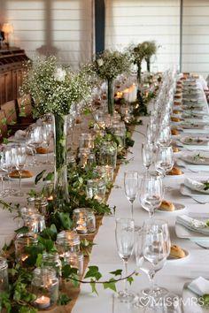 Imma   Pere: La decoración de la boda  Hiedra, paniculata, velas.