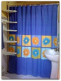 Detalle de uno de los baños. Cuba, Curtains, Shower, Bathroom, Prints, Rain Shower Heads, Washroom, Blinds, Full Bath