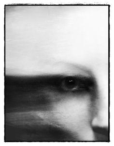 Giorgia Napoletano aka Blekotakra (b. Experimental Photography, Arte Horror, Foto Art, Art Graphique, Art Plastique, Dark Art, Black And White Photography, Art Inspo, Portrait Photography