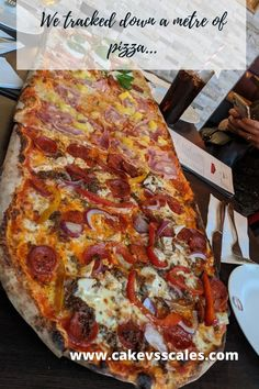 Giant 1 Metre Pizza Milton Keynes, Junk Food, Vegetable Pizza, Lasagna, Meal Prep, Health Fitness, Restaurant, Healthy Recipes, Meals