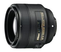 The AF-S NIKKOR 85mm f/1.8G is a fast and medium-telephoto fixed focal length  lens with a focal length of 85mm and a maximum aperture of f/1.8 compatible  with the Nikon FX-format digital SLR cameras. Even with this, the AF-S NIKKOR  85mm f/1.8G is very lightweight at roughly 350g, allowing users to easily carry  their camera around with this lens mounted.