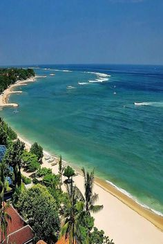 Explore here Bali Honeymoon Tour and Travel Packages with best Itineraries, Accommodation at lowest rates with Nit Worldwide Holidays. You can choose your Honeymoon Packages for Bali. Bali Honeymoon Packages, Bali Tour Packages, Vacation Packages, Kuta Bali, Bali Beach, Brunei, Bali Holidays, Beach Images, Jimbaran
