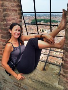 Barefoot in Bologna ~ Due Torri. #blogville