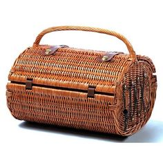 Picnic Plus PSB-414 Westport 4 Person Picnic Basket in Willow