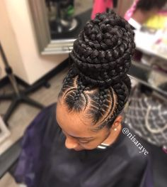 - For many years, shoppers could lonesome locate natural hair p The Effective Pictures We Offer You About Braids coiffure afro A quality picture c New Natural Hairstyles, Braided Bun Hairstyles, My Hairstyle, Braided Ponytail, Girl Hairstyles, Braided Buns, Messy Buns, Hairstyles Videos, Wedding Hairstyles