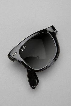 Ray-Ban folding wayfarer Mirrored Aviator Sunglasses, Ray Ban Round  Sunglasses, Wayfarer Sunglasses 64cb7b1233c7