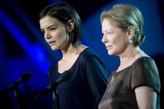 #actresses #awards #celebrities #dianne wiest #entertainment #film #hollywood #katie holmes #model #stage #television