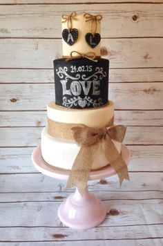 Chalk board hanging hearts  - Cake by Lindsays Cupcakes