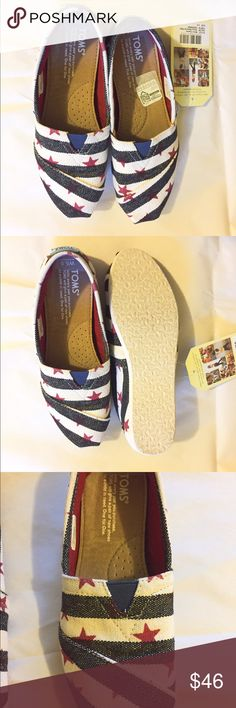 ***SOLD****Tom's NWT flats Tom's NWT flats TOMS Shoes Flats & Loafers
